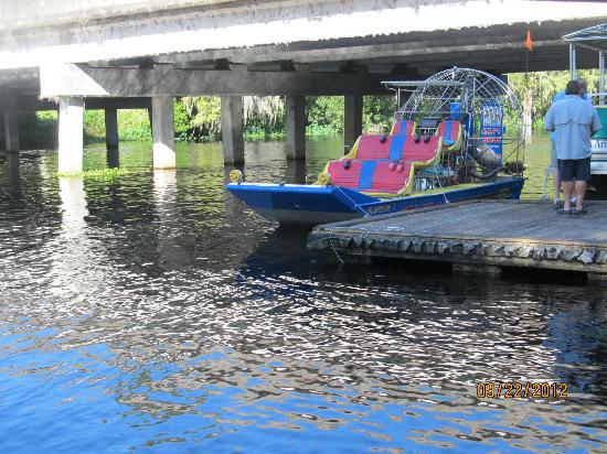 Captain Bob's Airboat Tour: Pre-Trip and fueling