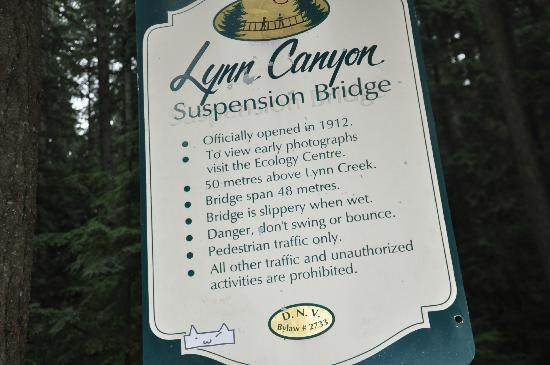 Lynn Canyon Park: the sign