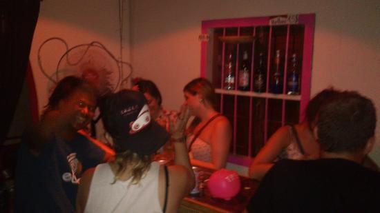Pink Bar: dancing
