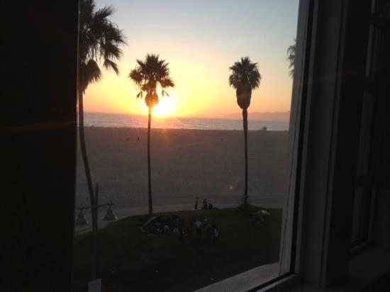 Venice Beach Suites & Hotel: I made it just in time!!