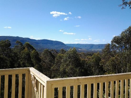 Hillside Kangaroo Valley: Beautiful view from deck.
