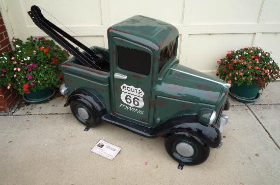 IL Route 66 Association Hall of Fame & Museum: so cute