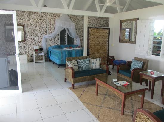 Tamanu on the Beach: Bouganvillea Suite
