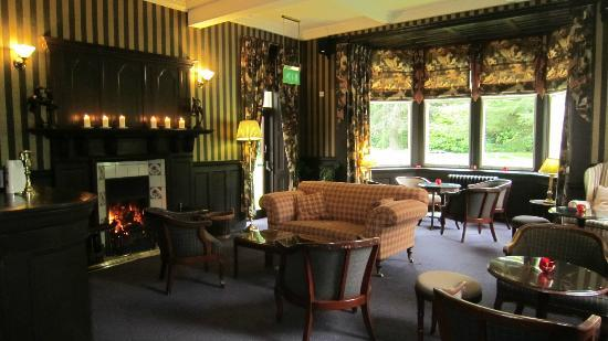 Bunchrew House Hotel: The Bar