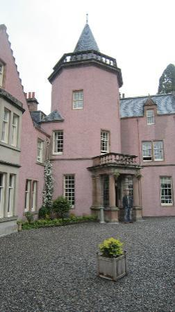 Bunchrew House Hotel: Fairy Tale Castle