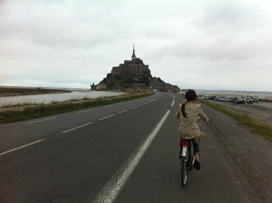 Hotel Mercure Mont Saint Michel: ホテルからモンサンミッシェルまで自転車で15分!