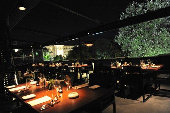 Abovo Restaurant