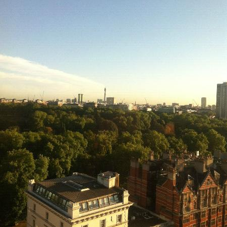 The Park Tower Knightsbridge, A Luxury Collection Hotel, London: Great view of Hyde Park