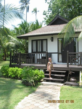 Holiday Inn Resort Phi Phi Island: front-beach bungalow (room 101)