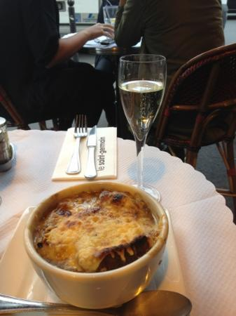 Cafe Germain: French Onipn soup and Champagne