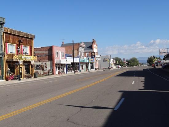 Church's Blue Pine Motel: Panguitch