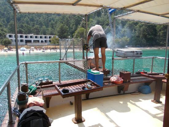 Alexandra Golden Boutique Hotel: Zeus BBQ boat trip