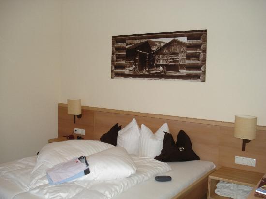 Slaapkamer En Suite : Slaapkamer suite picture of hotel garni rock fiss tripadvisor