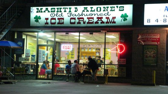 Photo of Middle Eastern Restaurant Mashti Malone's Ice Cream at 1525 N La Brea Ave, Los Angeles, CA 90028, United States