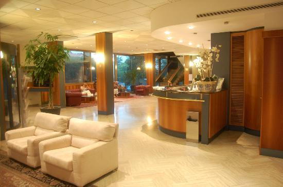 Minerva Hotel: Minerva reception