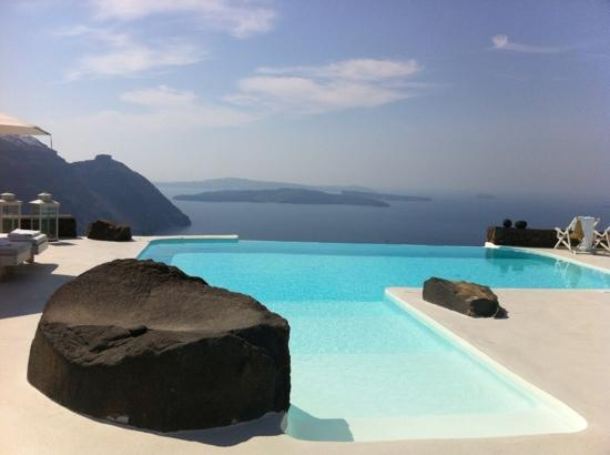 Aenaon Villas: view from the infinity pool