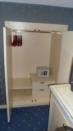 Hotel Conterie: Mini-armario