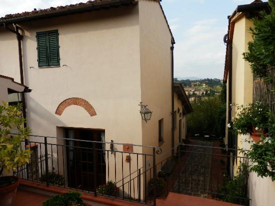 Residenza La Torricella: La entrada a la Residenza