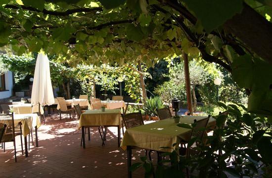 Restaurant Waldinger: getlstd_property_photo