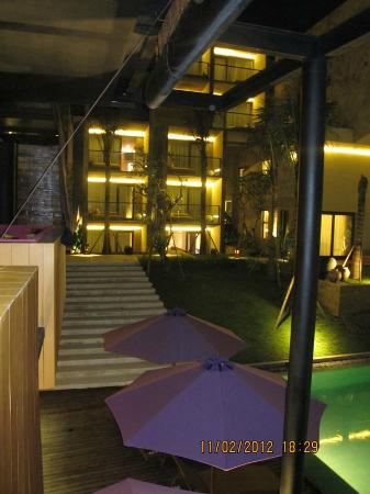 Taum Resort Bali: pool & atmosphere