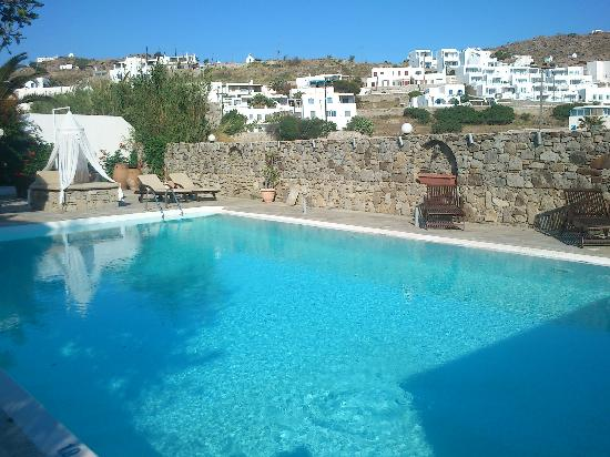 Dionysos Boutique Hotel : dionysos hotel swimming pool