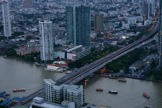 Centre Point Sukhumvit 10: une vue de la ville