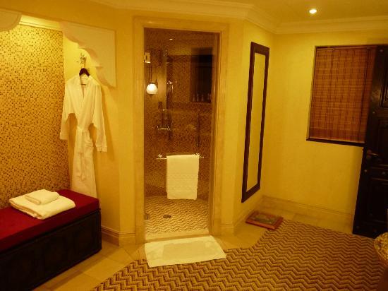 Jumeirah Dar Al Masyaf at Madinat Jumeirah : Salle de bain