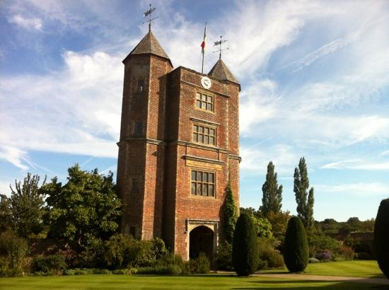 Sissinghurst Castle Farmhouse: Sissinghurst castle