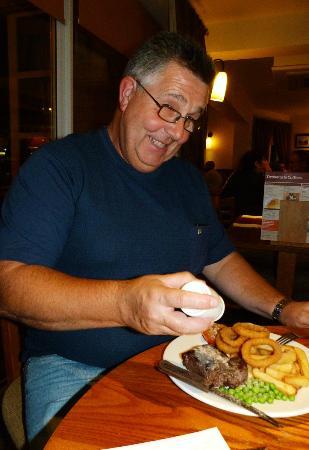 Premier Inn Southport Central Hotel: fab steak on meal deal