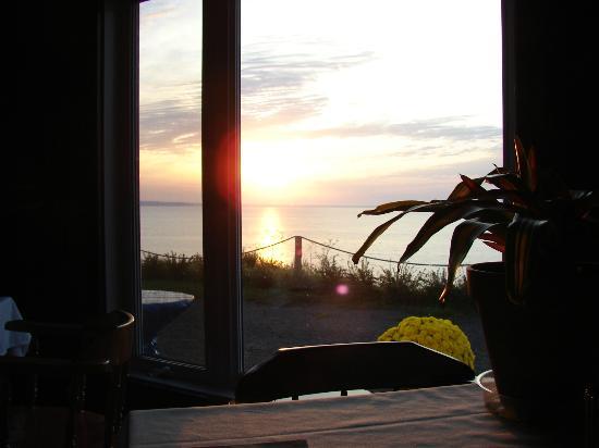 restaurant du cap a la mer : un lever de soleil