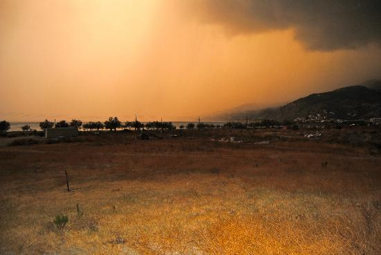 Plakias Resort: Evening storm