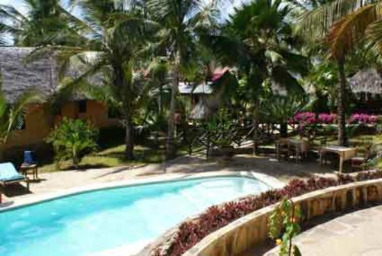 Tembo Village Resort Watamu: hotel