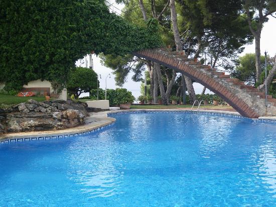 Foto de gran hotel rey don jaime castelldefels la for Piscina castelldefels