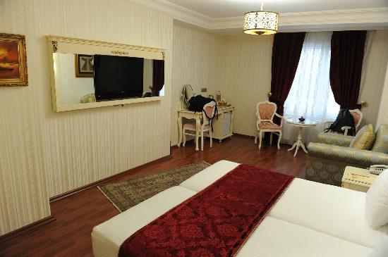 Muyan Suites: Room