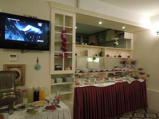 Muyan Suites: Breakfast