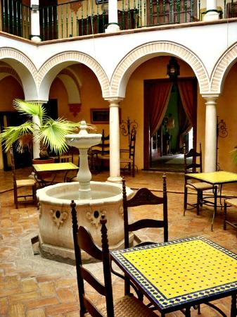 Palacio de los Granados: Ground level view of Central Dining Area