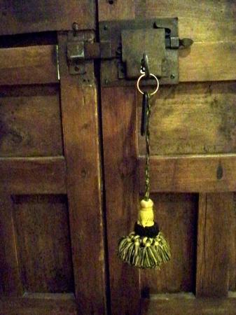 Palacio de los Granados: Room lock & key