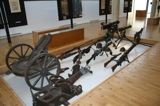 Historial de la Grande Guerre : Floor Display Weapons