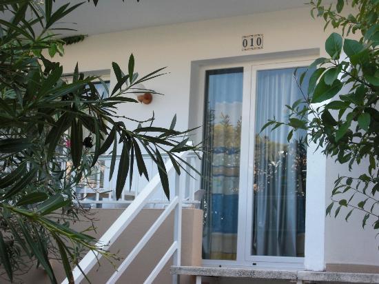 Balansat Resort: Apto 010 en edificio Torremar aquí nos cambiaron.