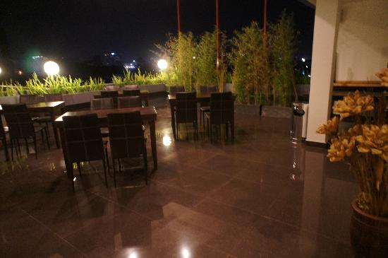 Scarlet Dago Hotel: Terrasse