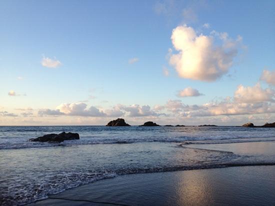 Casa Africa - Bar Playa: Playa frente a Casa Africa