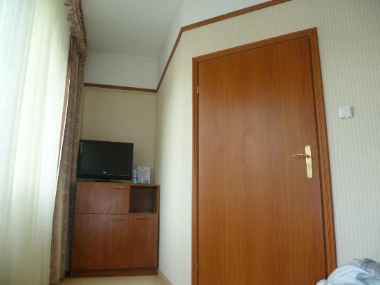 Neptun Hotel: Pokój jednoosobowy/single room