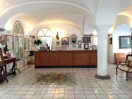 Hotel Santa Caterina: フロント