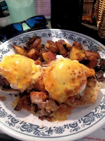 Whistle Stop: Fabulous Fall Benny