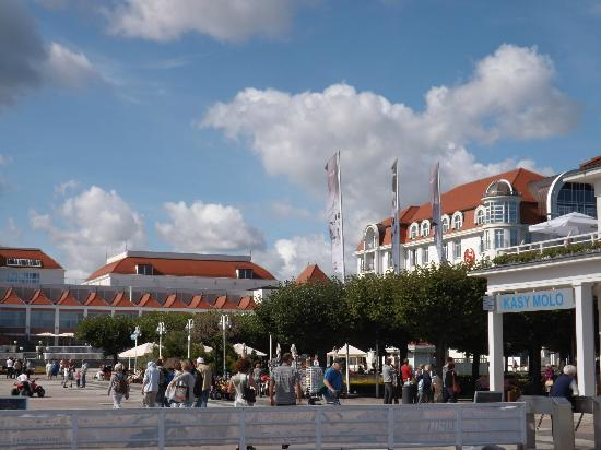 Sheraton Sopot Hotel : Hotel from the Molo