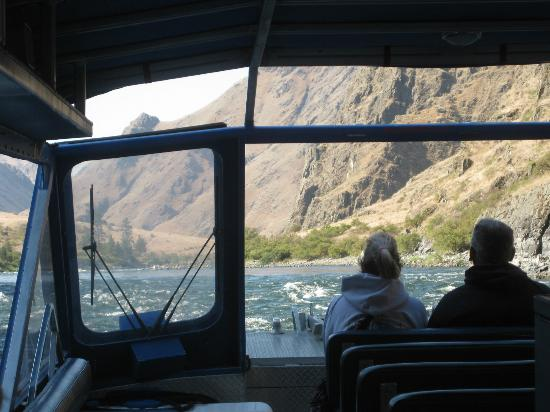 Killgore Adventures Hells Canyon Jet Boat Trips & Fishing Trips: Killgore's Jetboat going up Hells Canyon