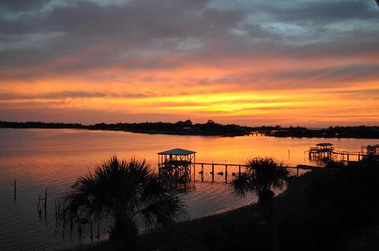Seahorse Landing: Sunset on Cedar Key