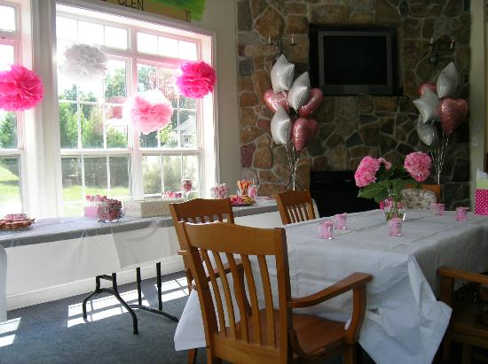 Patriots Glen Golf Club: Patriot Glen Fireplace & candy bar decorated for our party
