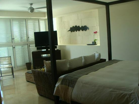 Blue Diamond Riviera Maya: My room