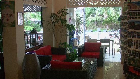 Alamanda Hotel: Les coins-salon
